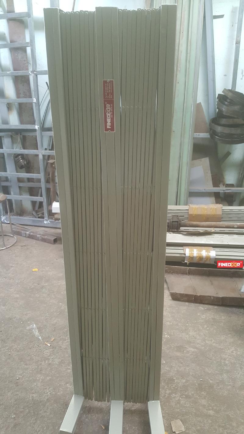 Hàng rào xếp kéo tay finedoor
